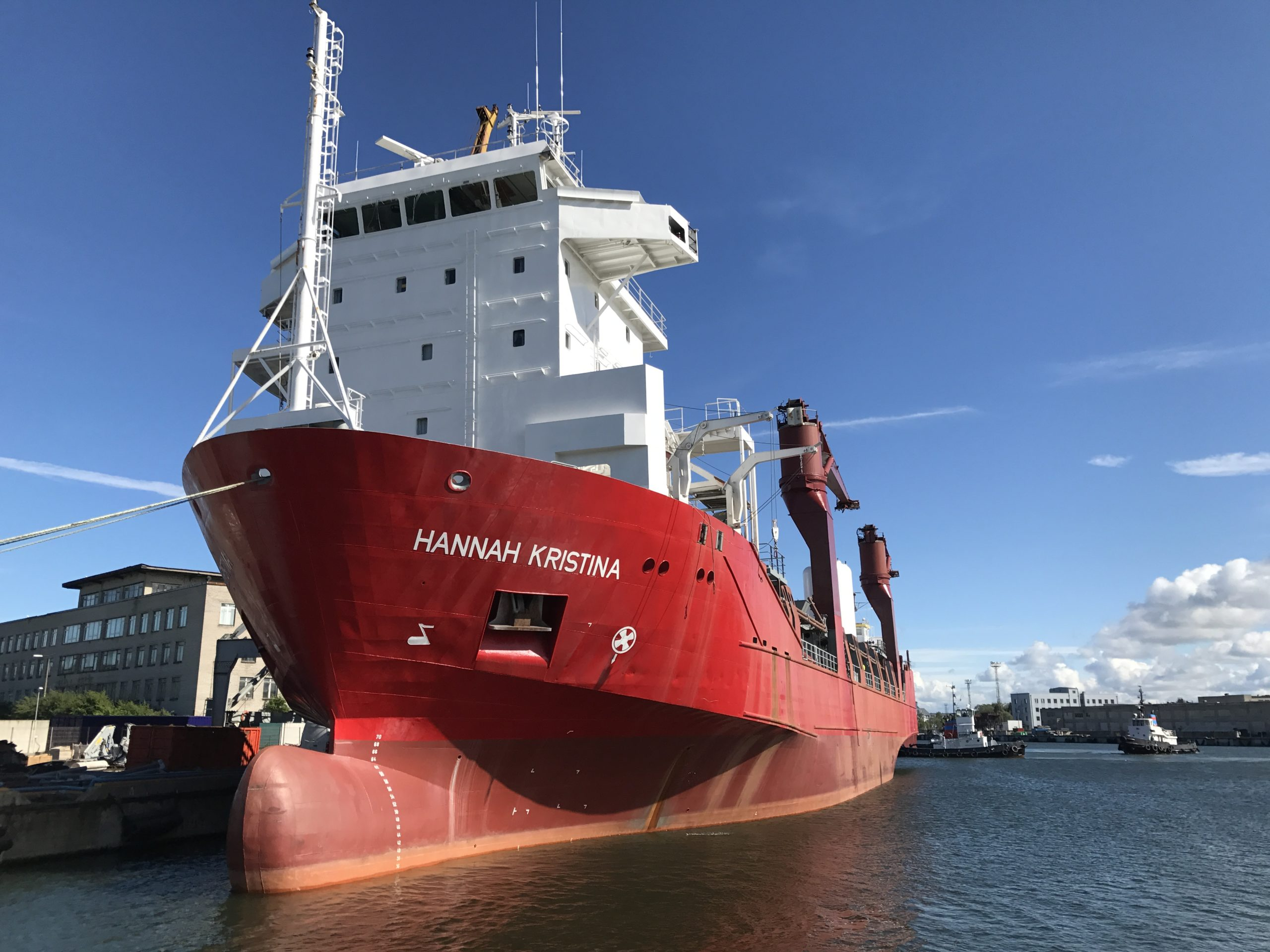 Conversion of heavy lift vessel into offshore special contract vessel